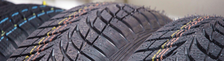 Velký výběr nových pneu.